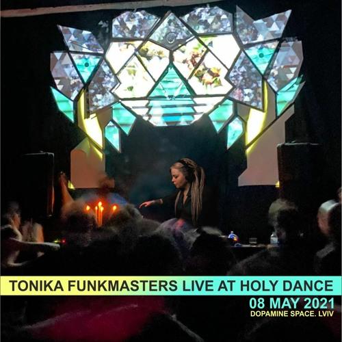 Derrick & Tonika - Funkmasters live at Holydance 8 May 2021