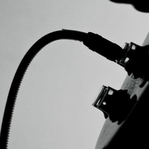 Plugged - Muestras Mezclas & Mastering - canciones en formato banda.