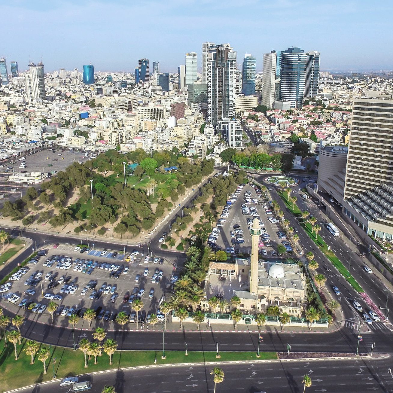 תל אביב היסטוריה של התחדשות | מנשייה