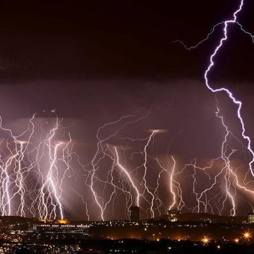 Thunder And Lightning - Pastor Charles Lenn - Sunday, March 7.WAV