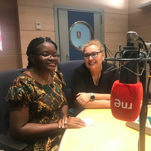 La doctora congoleña Celine Tendobi investiga en España sobre el cáncer de cérvix