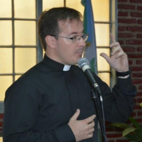 Padre Jonatan, Parroco de la Parroquia San Francisco de Asís