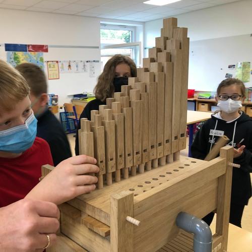 ern-Beitrag: Orgel im Klassenzimmer