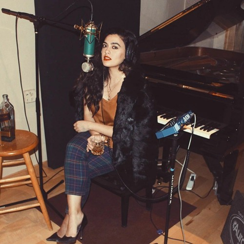 A conversation with rising indie singer-songwriter Yasmeen
