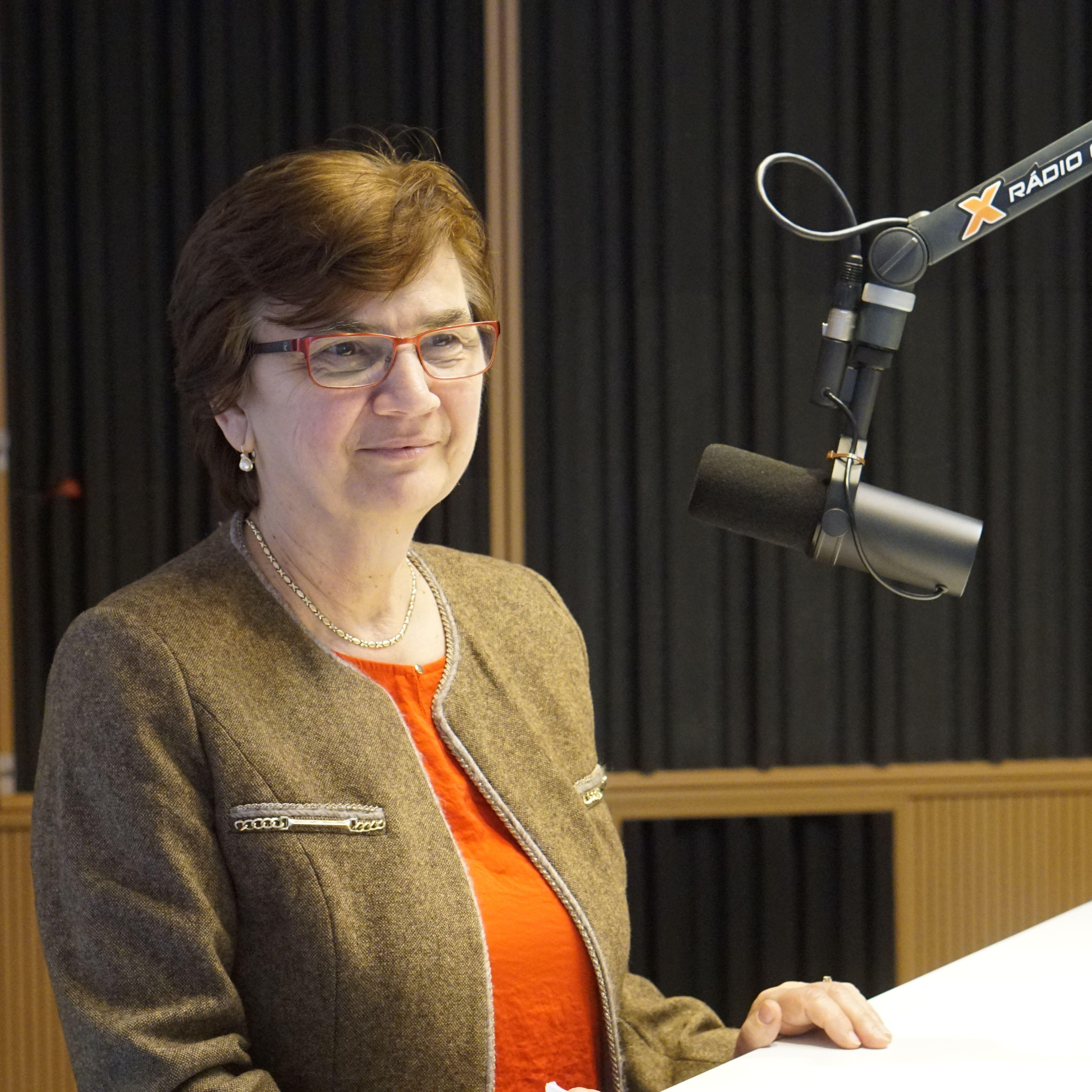 Eva Chmelová - Zahraniční Slováci už v parlamentných voľbách s pasom nepochodia