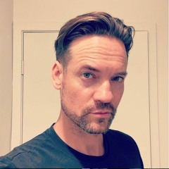 Shane West on No Running, A Walk To Remember, Twilight Creeps, & more