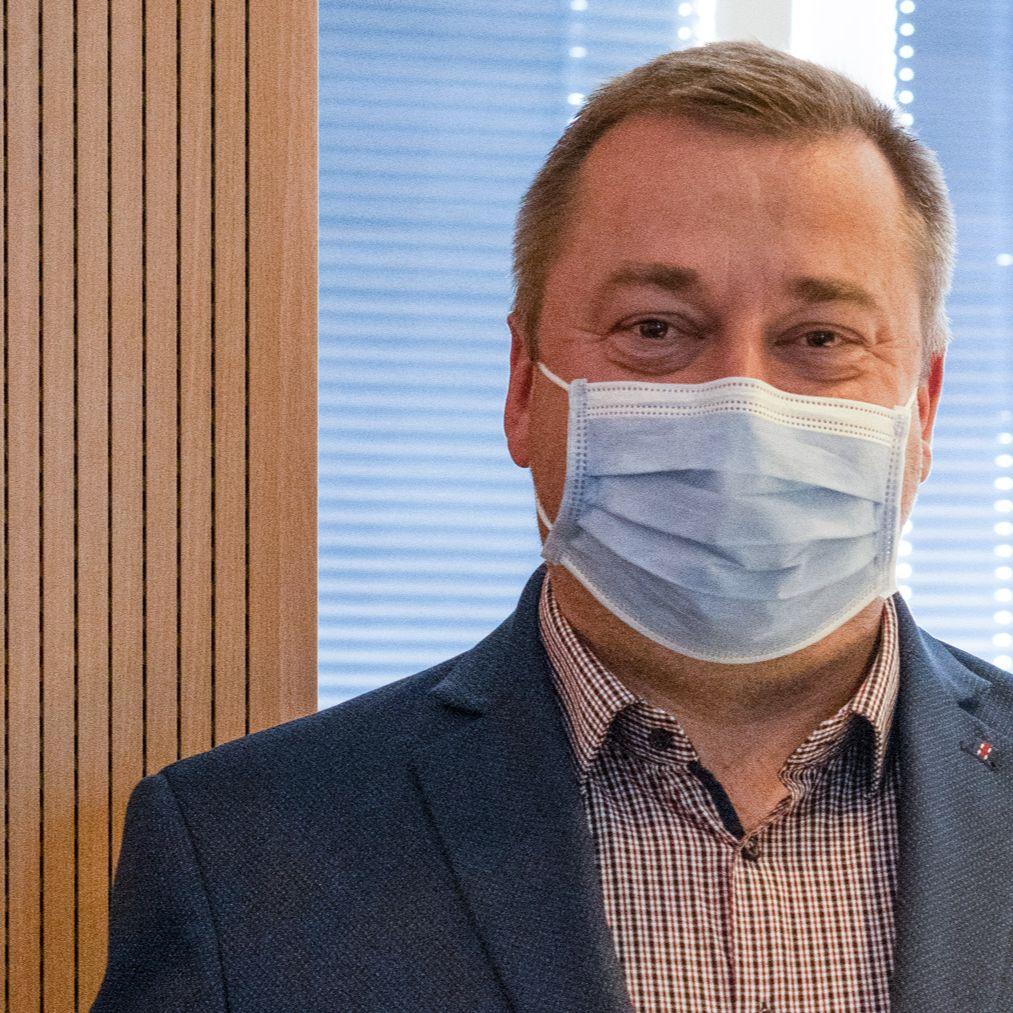 Martin Hošták - Firmy volajú po jasnom a včasnom informovaní o prijatých opatreniach