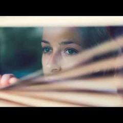Lucía Gil - Volveremos A Brindar (Official Audio)