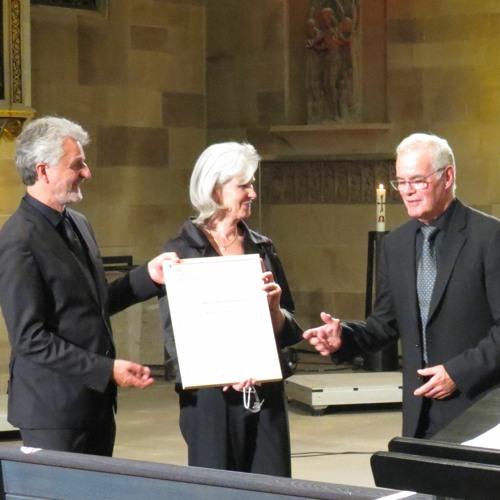 SWR Vokalensemble ernennt Marcus Creed zum 1. Ehrendirigenten
