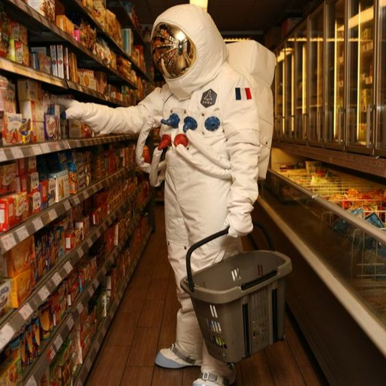 6. (ماذا يأكل رواد الفضاء؟)