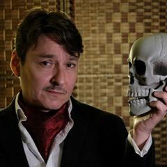 Cab Drivers Critique Hamlet