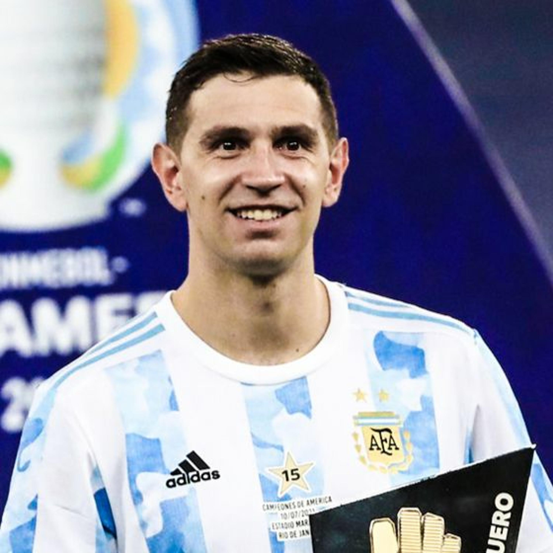 เอมิเลียโน่ มาร์ติเนซ จากตัวสำรองอดทน สู่ฮีโร่ผู้พาแชมป์อเมริกาใต้กลับสู่อาร์เจนตินา Main Stand