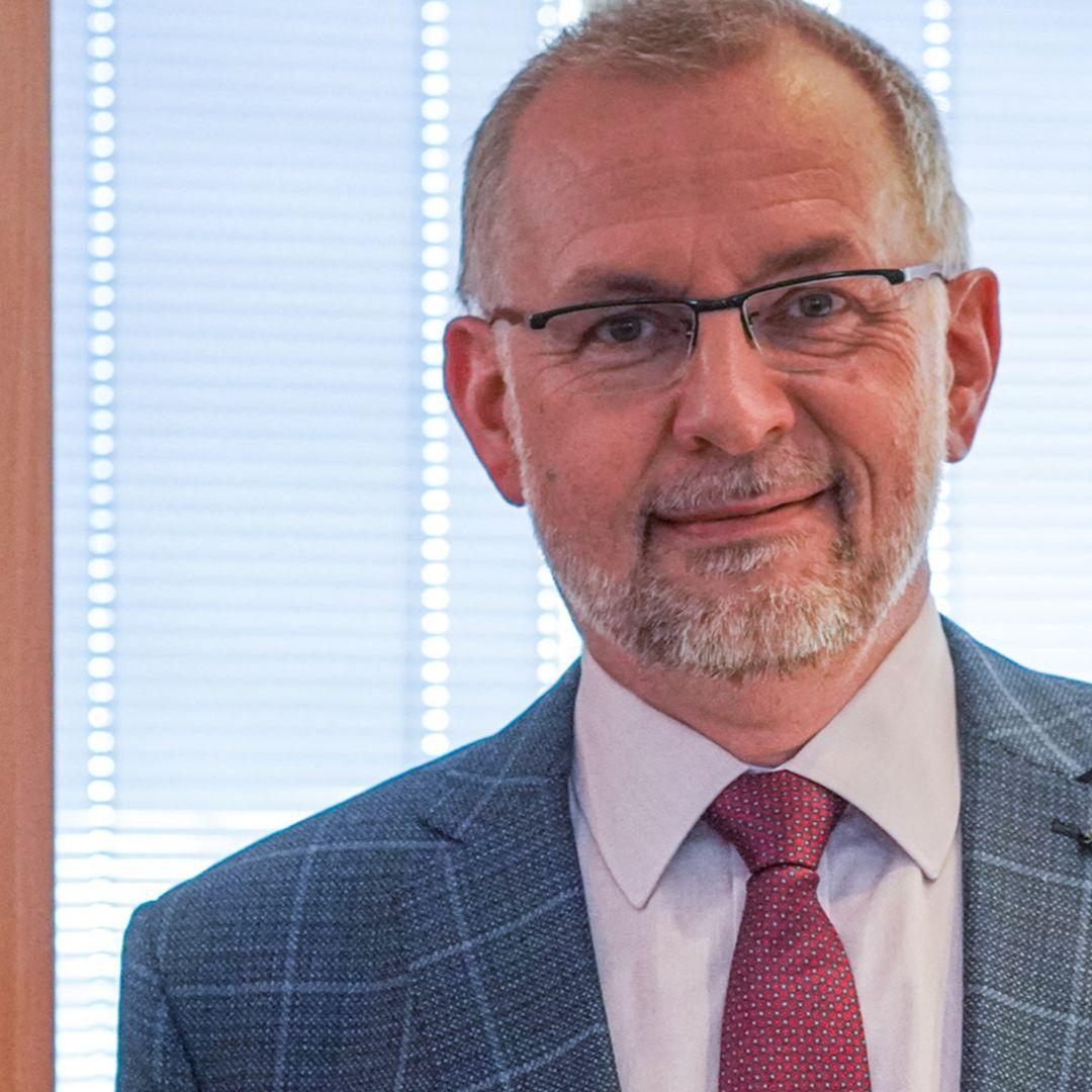 Ladislav Miko - Dodávky vakcín meškajú najmä pre nedostatok surovín