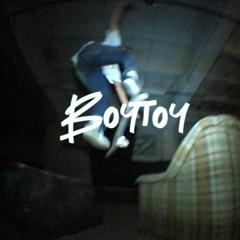 PREMIERE: Pijus - Boytoy