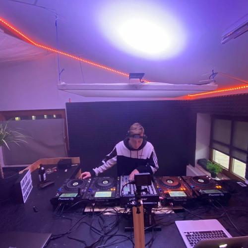 Olly V. - Studiosession 01 / Progressive Techno