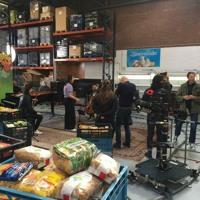 2021 - 02 - 27 Pop - Up Podium Bij Voedselbank Leiden