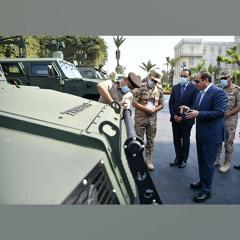 #موقع_الرئاسة    السيد الرئيس يتفقد عدد من المركبات المدرعة المطورة من قبل القوات المسلحة