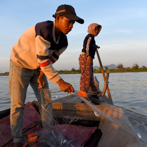 Du cours d'eau à la cour d'école, lutter contre le travail des enfants au Cambodge