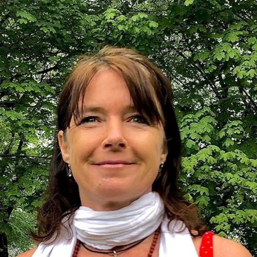 Yoga Nidra in German with Redschi (Regina  Fritsche) 25 min