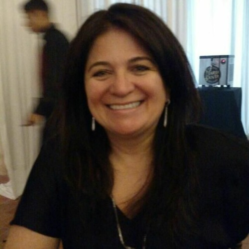 Entrevista com a educadora Viviane Ache Cancian