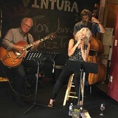 VENTURA Live Jazz Trio Recording