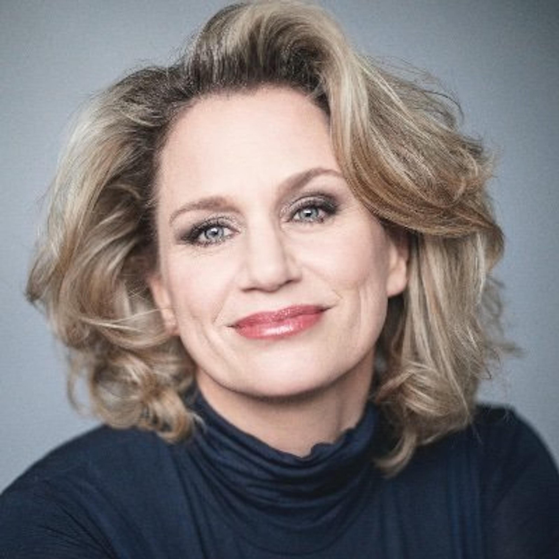 Broadway's Backbone Ep.91 Guest:Cady Huffman Host:Brad Bradley