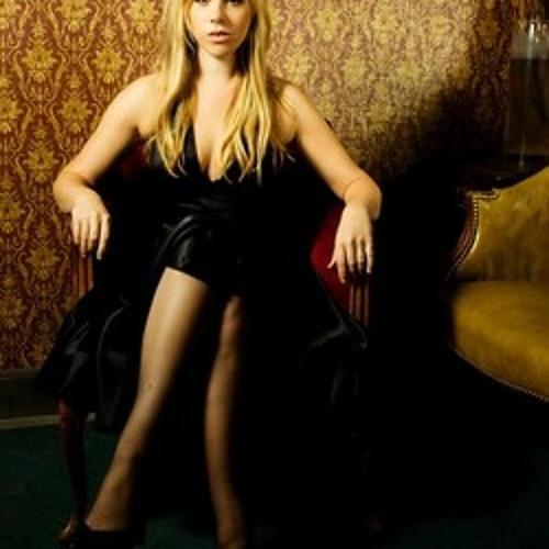 sarahtraceymusic's avatar