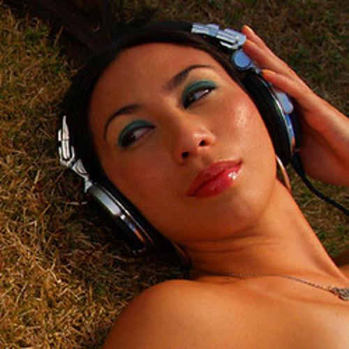 DJ Zita's avatar