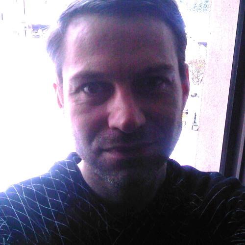 Roger23's avatar