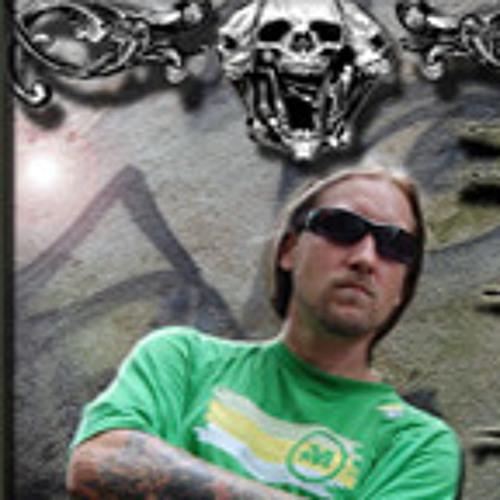 Chuck Dizzle's avatar