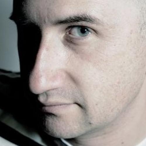 Marco Sapiens's avatar