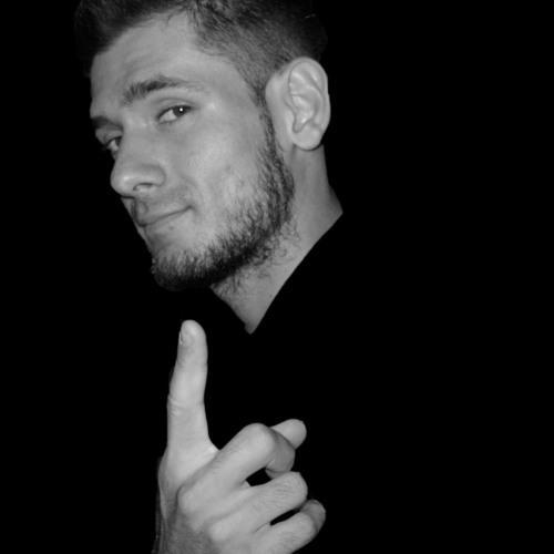 LucaPierino's avatar