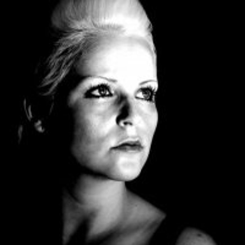 DJ Laura Brown's avatar