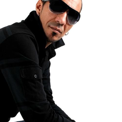 DJ SANTZ's avatar