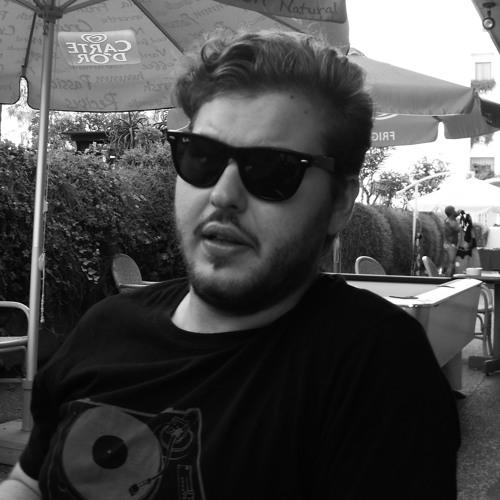 Petar Holland's avatar