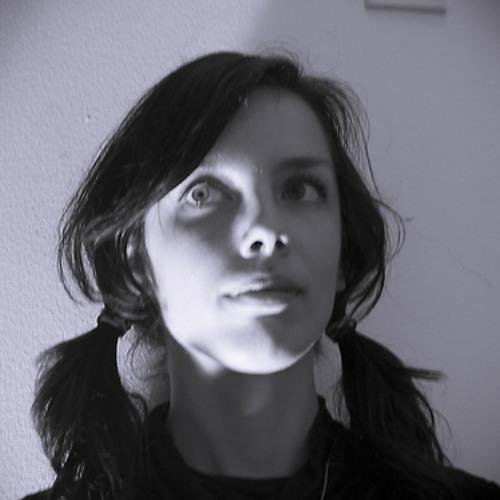 Magdalena O's avatar