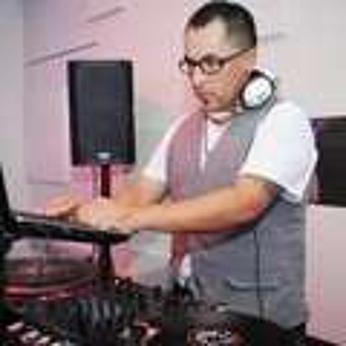 Live Latin House Mix W/records!!! NO SERATO!!!