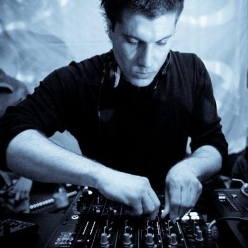 Luka Jakir's avatar
