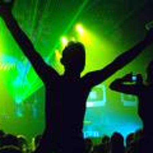 DJ RAPTöR's avatar