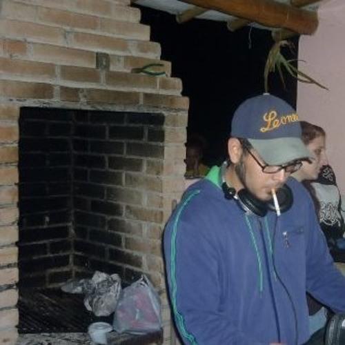 DJ IK-PIGG's avatar