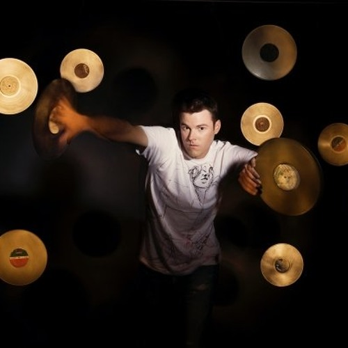 DJ H's avatar
