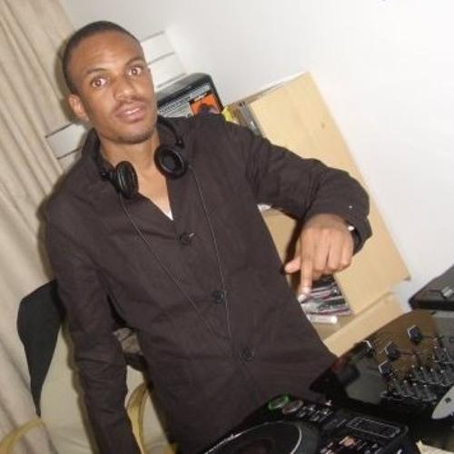 voo c deejay's avatar
