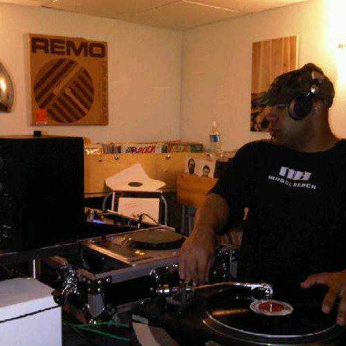 DJ T-roy Brown's avatar
