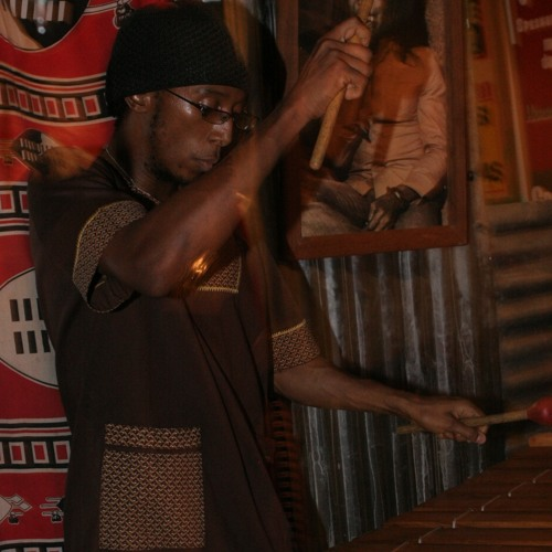 Umrhubhe Xhosa Clan Bow Music Plaued By Queen Master Player Madosini