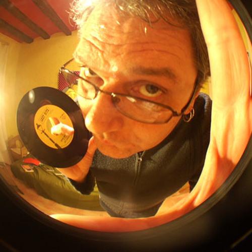 Roger C's avatar