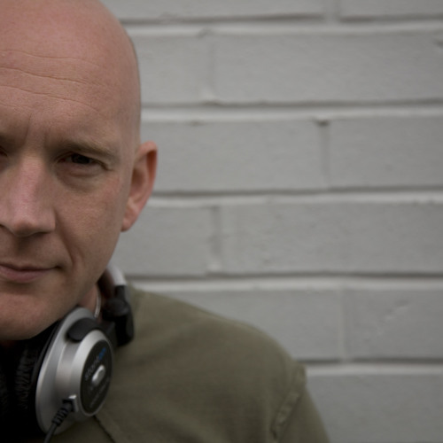 Dave Lewis's avatar