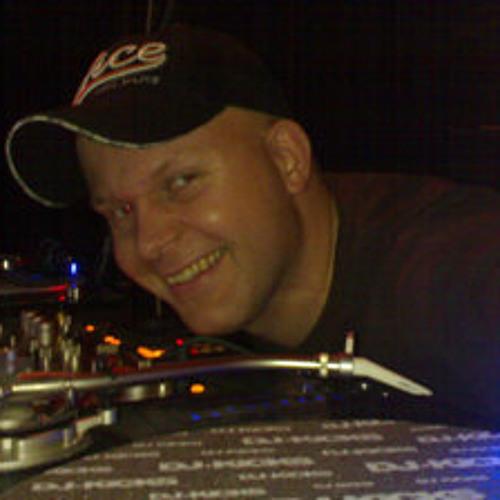 DJ Vibes's avatar