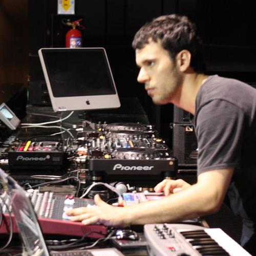 Luciano - Live Delu's avatar