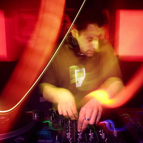 DJ Isti's avatar