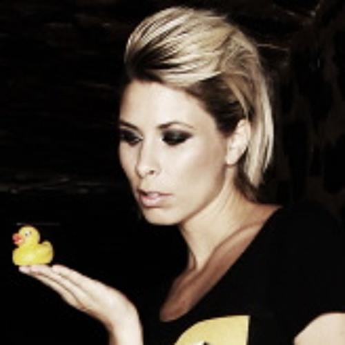 vivie-ann's avatar